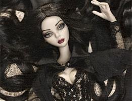 Готичная кукла Evangeline Ghastly