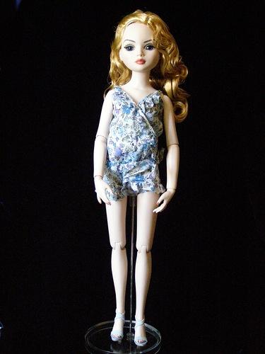 Фотографии куклы Элловайн Вайлд Опустошение Три / Tonner