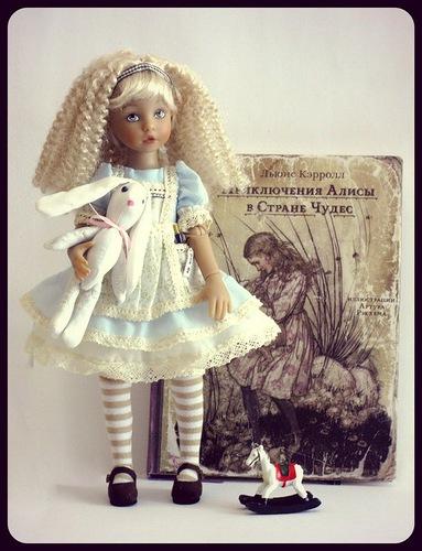 Фотографии куклы-ребёнка Алиса в Стране Чудес от Эштон Дрейк / Ashton Drake