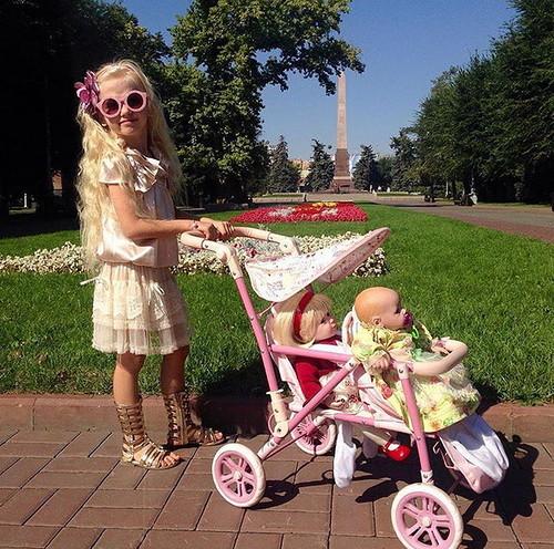 Фотографии куклы Адора Кольцо из букетов