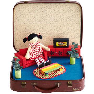 Безопасность кукол: в чём носить и как упаковывать