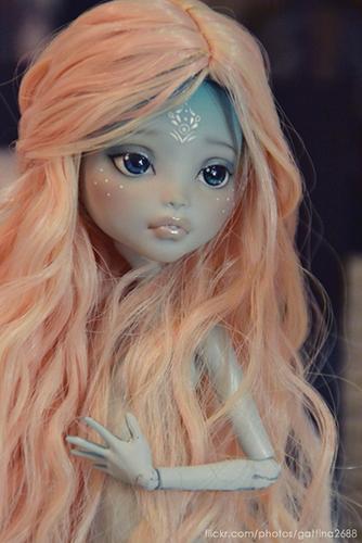Как перерисовать лицо куклы