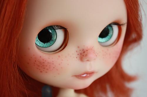 10 кукол с рыжими волосами
