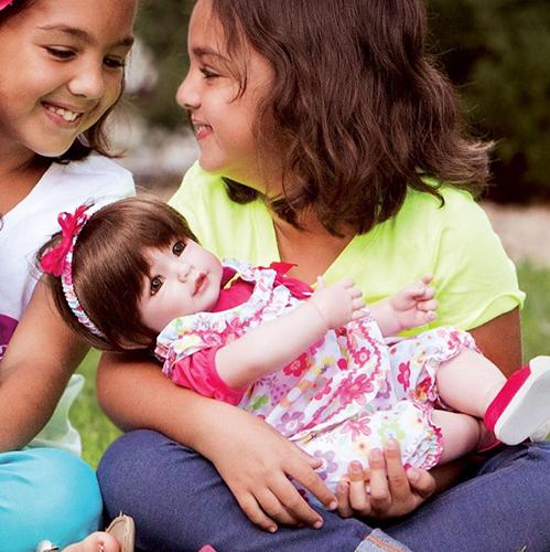 Зачем детям играть в куклы?