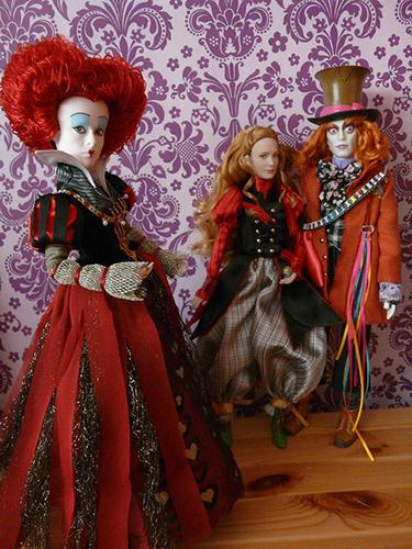 Алиса в Зазеркалье: куклы из фильма