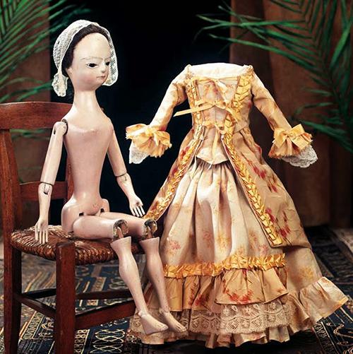 Деревянная кукла Королева Анна, английская модная кукла. Англия, около 1760 г.
