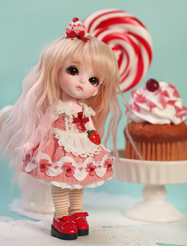 Кукла Latidoll Little Angel Sweeties ver. Strawberry Cake Sophie (Лати Софи клубничный пирог)