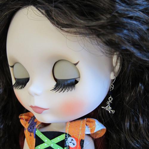 Кукла с серёжками