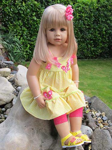 Кукла Мастерпис Джулия блондинка