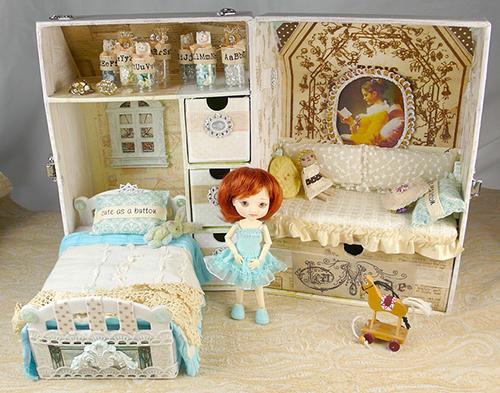 Складной румбокс для куклы Амелиии Тимбл