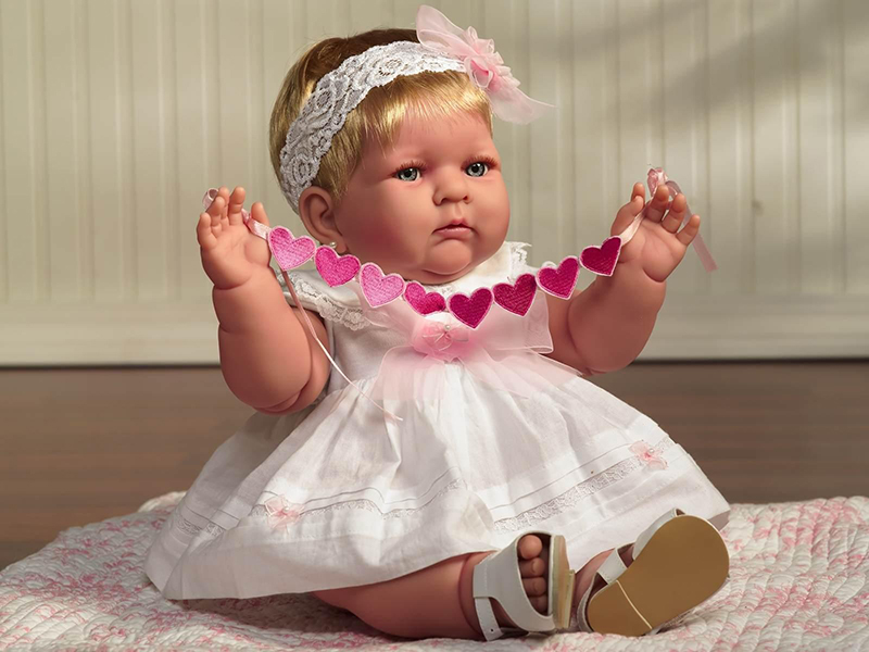 Кукла Прекрасные объятья из коллекции «Забавные детские позы», 46 см, 2008