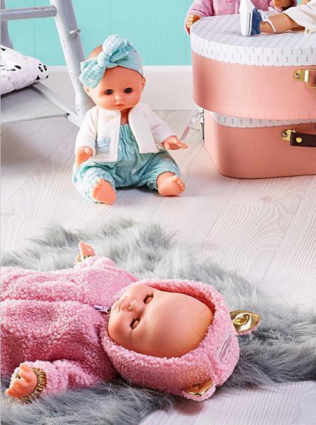 Классические куклы Petitcollin.  На переднем плане кукла Эмма Панда, сзади кукла Марилу